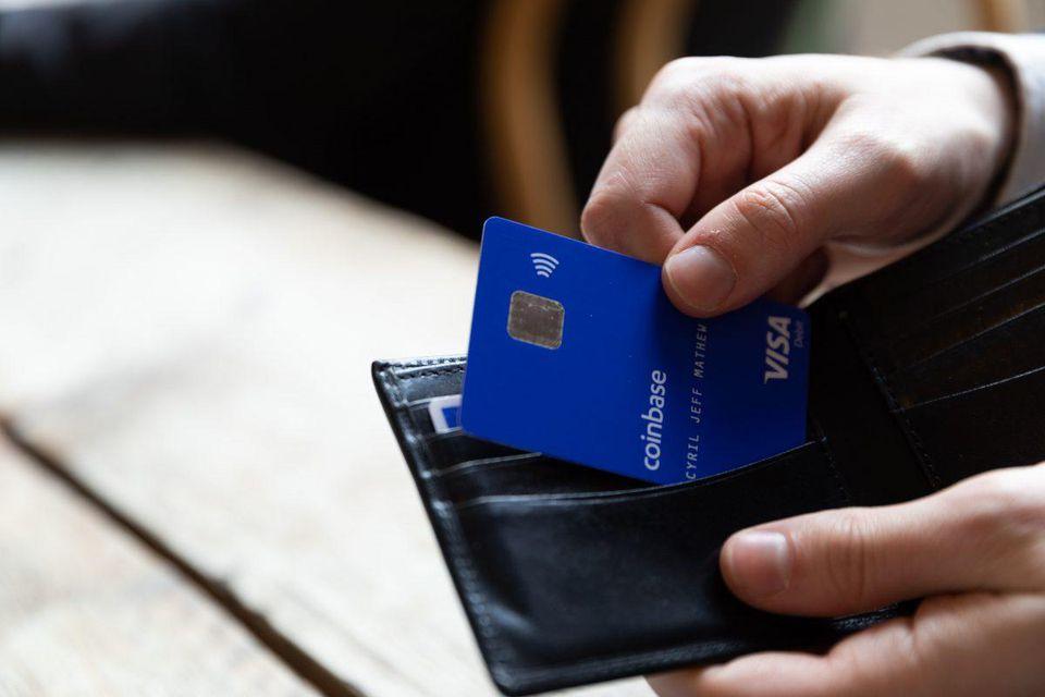 Coinbase Mulai Gunakan Kartu Visa untuk Pelanggan Inggris